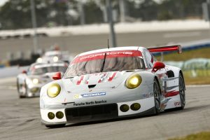 Porsche 911 RSR Tackles New Season From First Grid Row