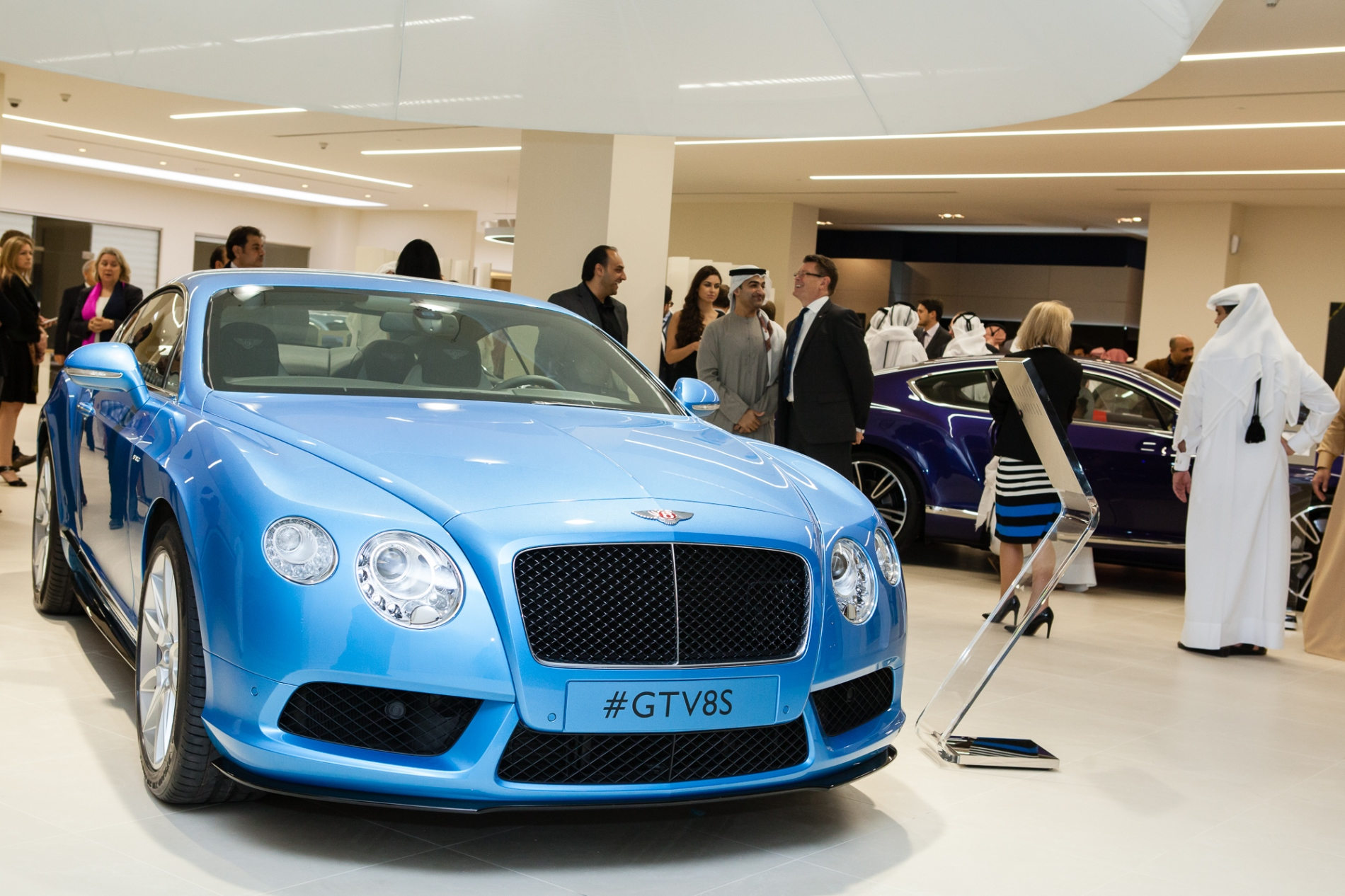 middle east debut for new bentley continental gt v8 s