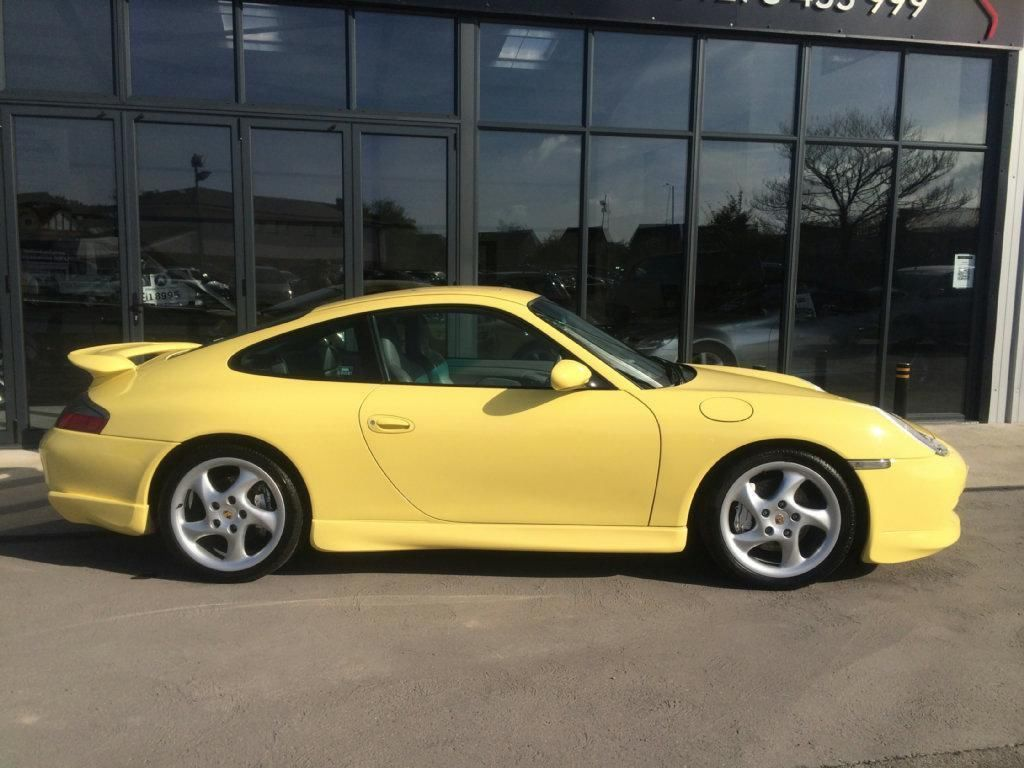 Porsche Carrera 996