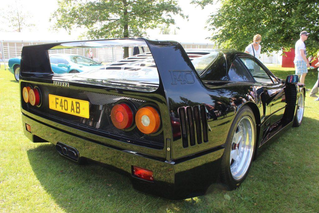 Ferrari F40 Black