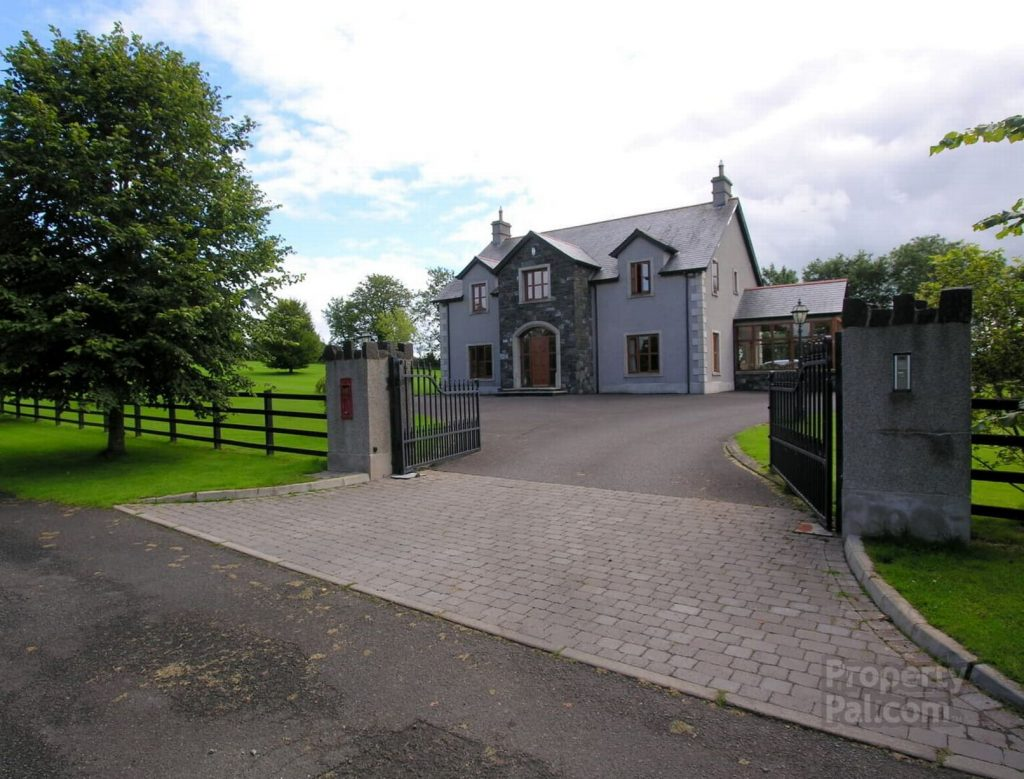 Ulster Mansion With Go Kart Track