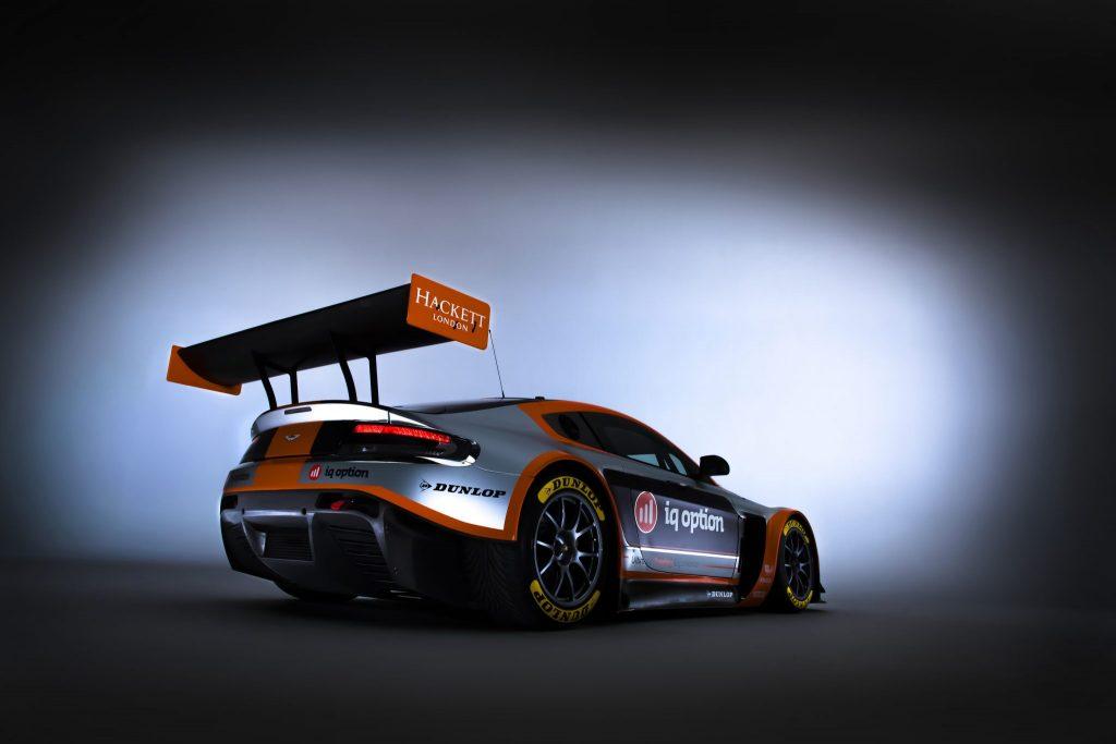 2016 V12 Vantage GT3 (1)